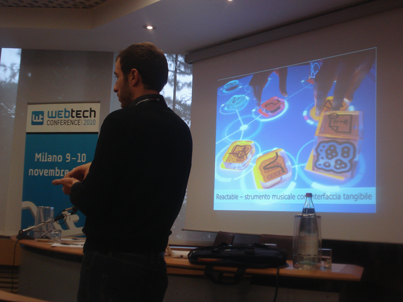 "Daniele Pezzatini presents ""AIR applications on multi-touch surfaces"" at the WebTech Conference"